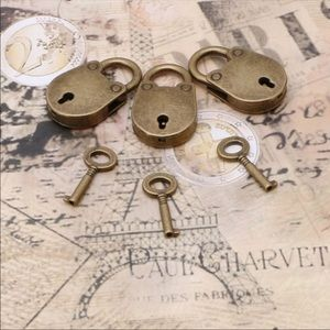 Other - 3 Lock and keys 🔑